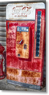 Vintage Coca-cola Machine 10 Cents Metal Print