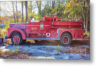 Metal Print featuring the photograph Vintage Fire Truck South Weare New Hampshire by Edward Fielding