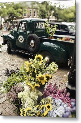 Vintage Flower Truck-nantucket Metal Print