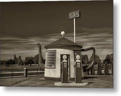 Vintage Gas Station - Zillah Teapot Dome  Metal Print