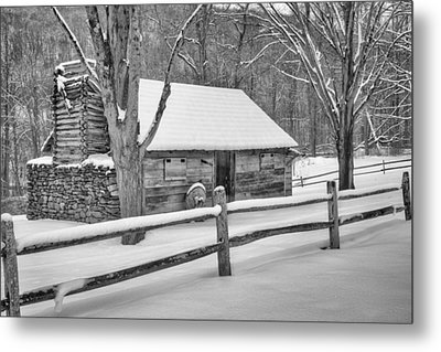 Vintage New England Cabin Winter Bw Metal Print by Bill Wakeley