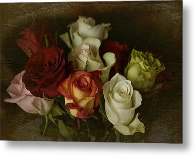 Metal Print featuring the photograph Vintage Roses Feb 2017 by Richard Cummings