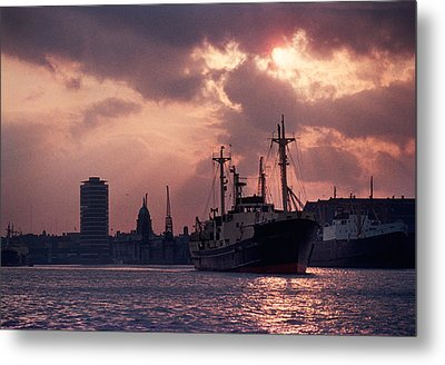 Vintage Shot Of The Guinness Boat Lady Metal Print by Panoramic Images