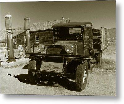 Old Truck 1927 - Vintage Photo Art Print Metal Print