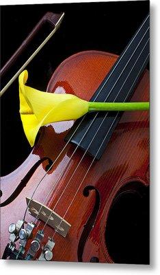Violin With Yellow Calla Lily Metal Print