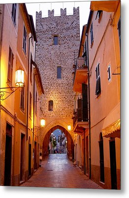 Metal Print featuring the photograph Visions Of Italy Archway by Nancy Bradley