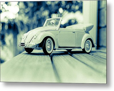 Vw Beetle Convertible Metal Print by Jon Woodhams