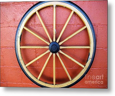 Wagon Wheel Metal Print by John S