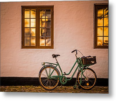 Metal Print featuring the photograph Waiting At The Light by Odd Jeppesen