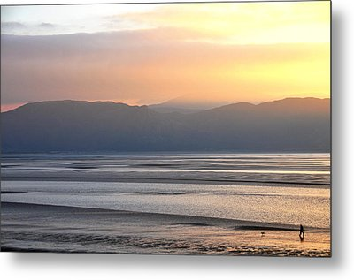 Walk On The Beach Metal Print by Harry Robertson
