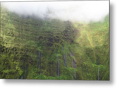 Wall Of Tears At Molokai Island Metal Print