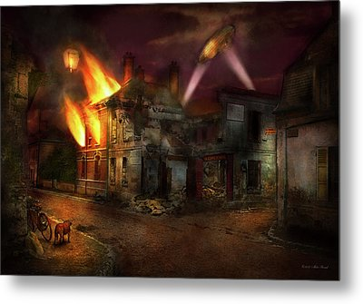 Metal Print featuring the photograph War - Wwi - Not Fit For Man Or Beast 1910 by Mike Savad