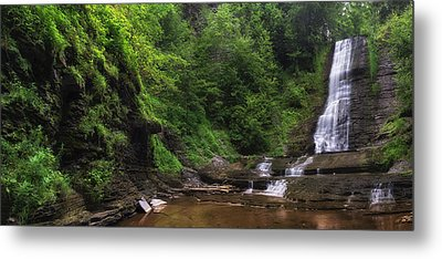 Metal Print featuring the photograph Warsaw Falls by Mark Papke