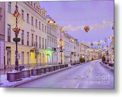 Metal Print featuring the photograph Warsaw by Juli Scalzi