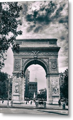 Washington Square Arch Metal Print by Jessica Jenney
