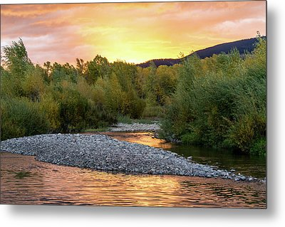 Water And Sky Metal Print by Mary Hone