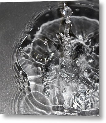 Water Drop In Gray Metal Print