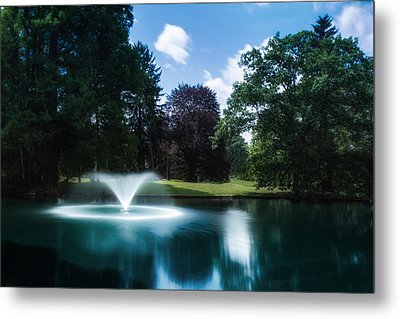Water Fountain At Spring Grove Metal Print by Tom Mc Nemar