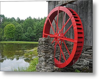 Water Wheel Vermont Metal Print by Edward Fielding