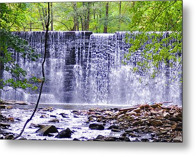 Waterfall In Gladwyne Metal Print by Bill Cannon