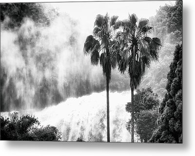 Waterfall Sounds Metal Print
