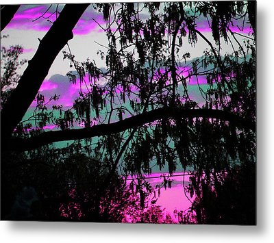 Metal Print featuring the photograph Waterloo Sunset by Susan Carella