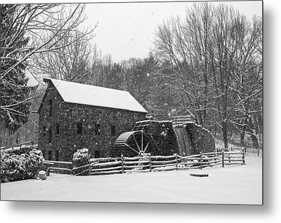 Wayside Inn Grist Mill Covered In Snow Storm Black And White Metal Print by Toby McGuire