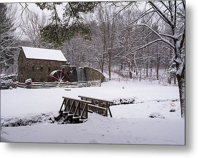 Wayside Inn Grist Mill Covered In Snow Metal Print by Toby McGuire