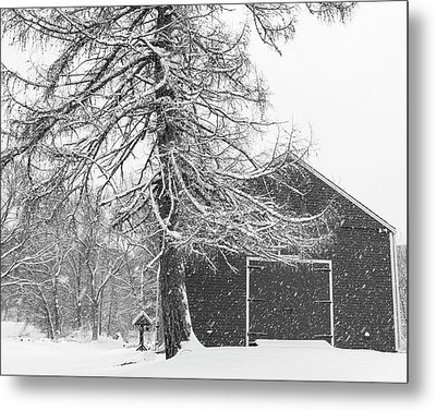 Wayside Inn Red Barn Covered In Snow Storm Reflection Black And White Metal Print by Toby McGuire