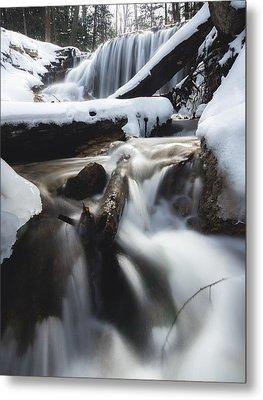 Weavers Creek In Winter Metal Print by Cale Best