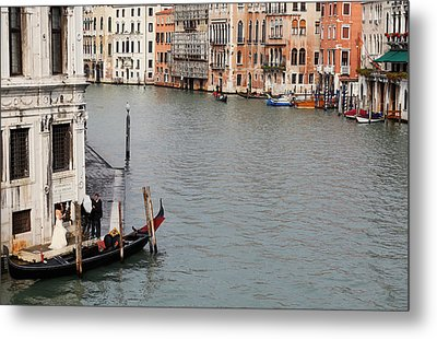 Wedding Shoot On The Grand Canal Metal Print