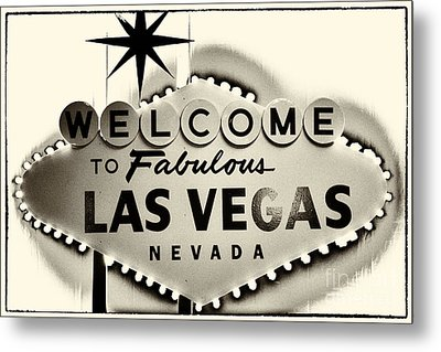 Welcome To Fabulous Las Vegas Nevada Metal Print by Leslie Leda