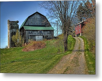 Western Pennsylvania Country Barn Metal Print by Dyle   Warren