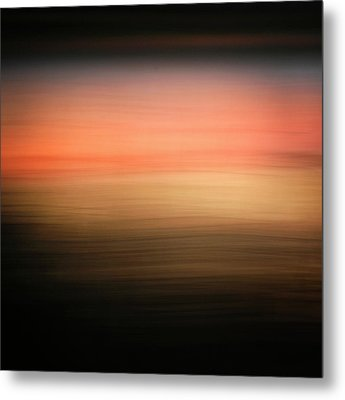 Metal Print featuring the photograph Western Sun by Marilyn Hunt