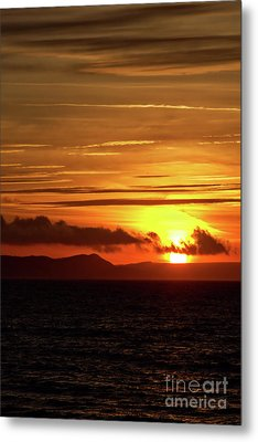 Metal Print featuring the photograph Weymouth Sunrise by Baggieoldboy