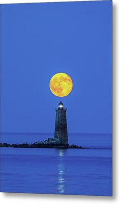 Metal Print featuring the photograph Whaleback Light by Juergen Roth