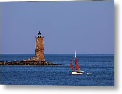 Metal Print featuring the photograph Whaleback Lighthouse And Sailboat by Juergen Roth