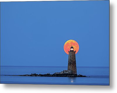 Whaleback Lighthouse With Buck Full Moon Metal Print