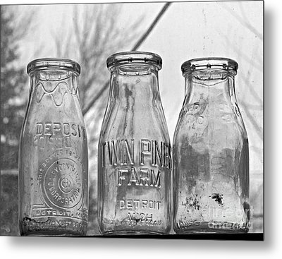 What The Milk Man Left, Bw Metal Print