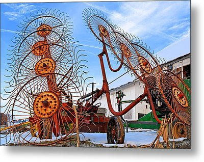 Wheel Rake Upside Down 2 Metal Print