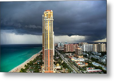 When The Thunder Rolls Metal Print