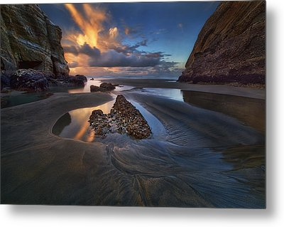 When The Tide Receded Metal Print by Yan Zhang