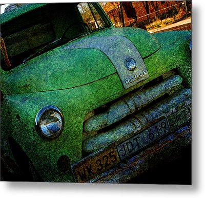 Where Are The Good Old Days Gone Metal Print by Susanne Van Hulst