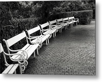 White Benches-  By Linda Wood Woods Metal Print by Linda Woods