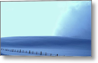 White Powder Wave Metal Print