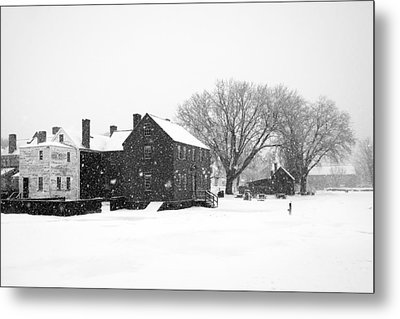 Whiteout At Strawbery Banke Metal Print by Eric Gendron