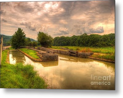 Whitewater Canal Lock 24 Metal Print by Paul Lindner