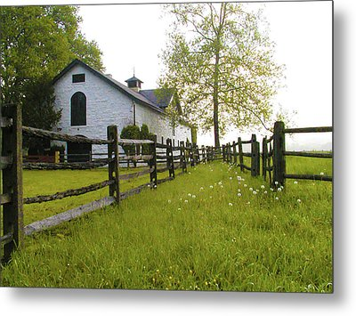 Widener Farms Horse Stable Metal Print by Bill Cannon