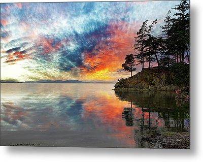 Wildcat Cove In Washington State At Sunset Metal Print by David Gn