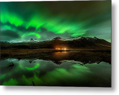 Wind To Northern Ligths Metal Print by David Martin Castan